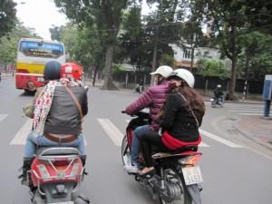 Ich liebe Roller fahren (äääh, mitfahren) in der Stadt!