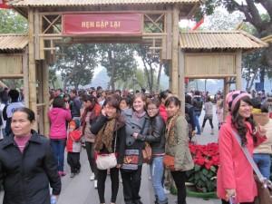 Die Mädels und ich (ich sehe aus wie ein Riese - die drei sind sooo klein!)