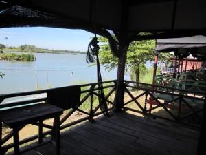 Mein kleiner Balkon - mit Hängematte und Blick auf den Mekong!