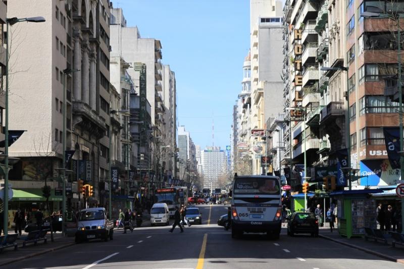 Avenida 18 de Julio, Montevideo