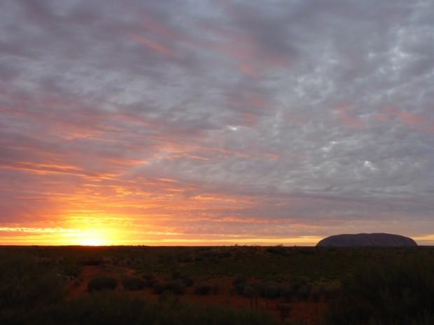 """Sunset Uluru-oder wie ihn die Weißen nennen """"Ayers Rock"""""""