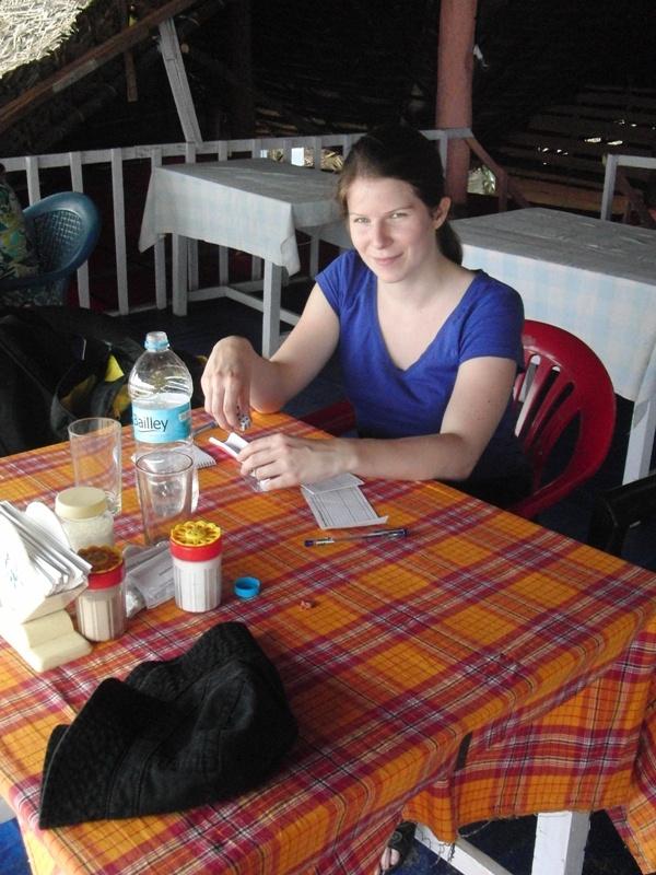 essen und pokern am Strand