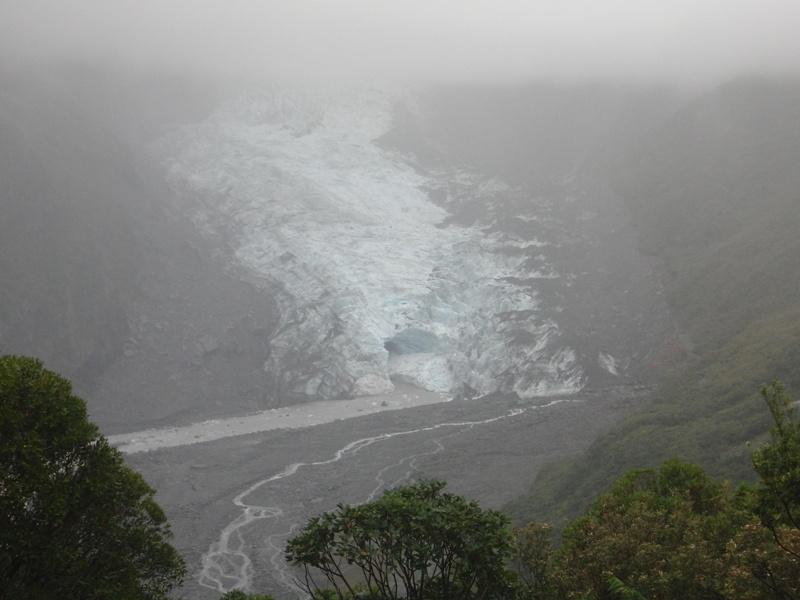 """""""Fox Gletscher"""" bei trueb-nassem Wetter..."""