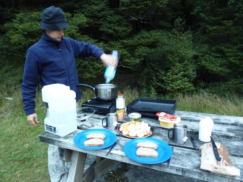 Eindruck unseres typischen Camper-Fruehstuecks ;)