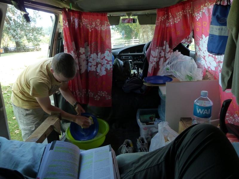 Abwaschen, bevor's nach Tauranga geht