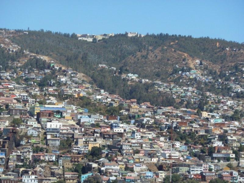 """Ausblick vom Huegel """"Cerro Baron"""" auf der anderen Seite der Bucht"""