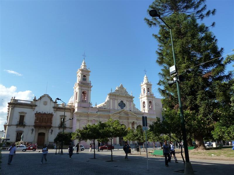 eine weitere Kirche in Salta