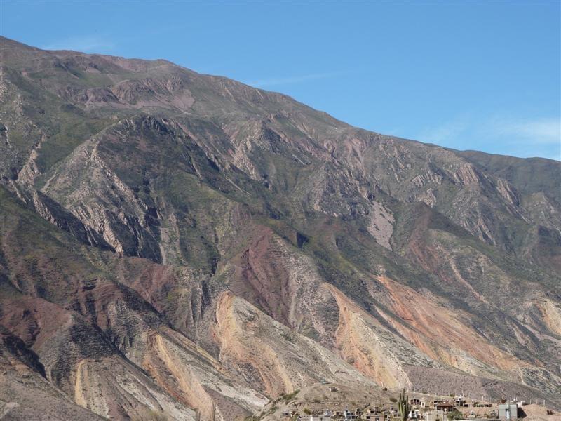 """die """"Palette des Malers"""", farbige Steinformation am Weg nach Huamhuaca"""