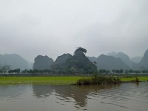 Karstberge, Ngo Dong River