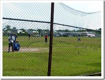 Baseball auf dem Flugplatz