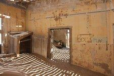Kolmanskop-Zimmer2
