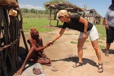 Himba-Begrüßung
