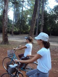 Angkor, wir kommen! Natalia und ich.