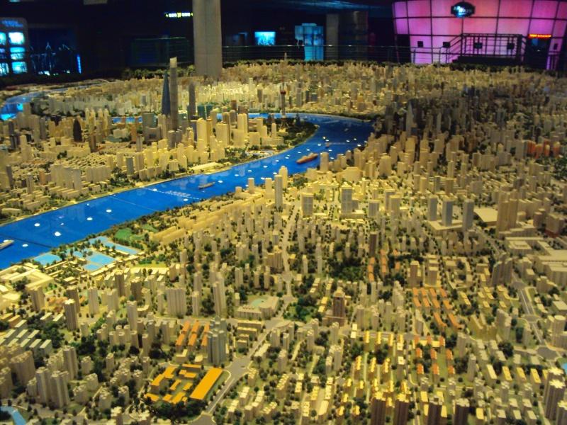 So ähnlich würde es bei schönem Wetter aussehen: Stadtmodell im Urban Planning Exhibition Center.