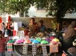 Ahmedabad – Mathma Gandhi Road – Farbenverkaeuferinnen