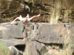 Bundi – Wasserfall – Gavin macht einen Koepper