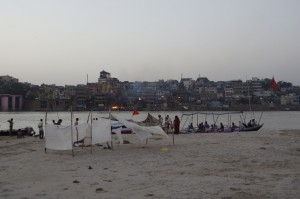 Ufer und Burning Ghat