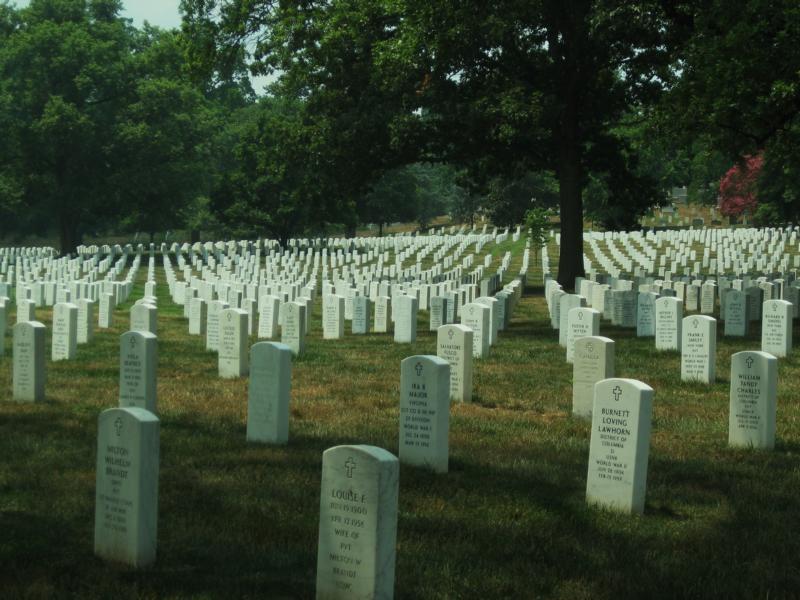 Unzählige Gräber auf dem Arlington Cemetery