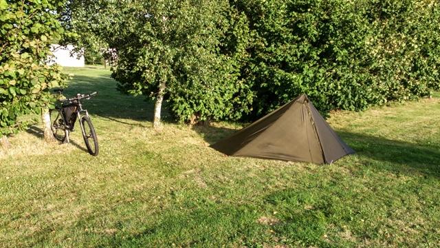 erstes Shlafplätzl mit MYOG-Zelt
