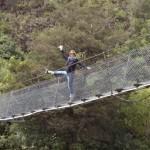 Buller Bridge Dörti ganz Akrobatisch