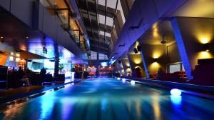 Skybar Traders Hotel