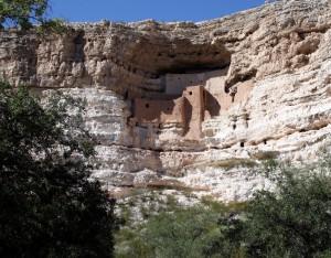 Montezuma Castle - hier wurde nicht rekonstruiert, sondern nur stabilisiert