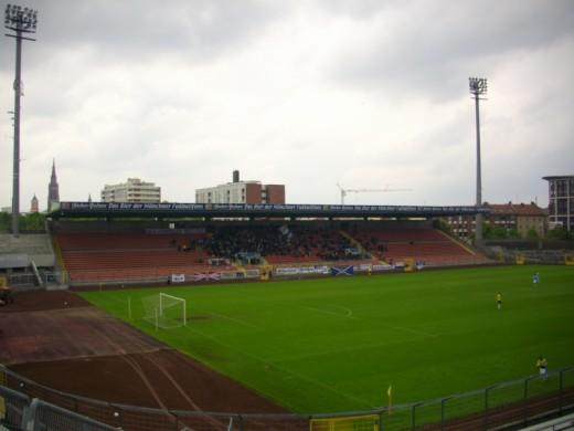 Die Sechzger-Fans im Grünwalder Stadion.