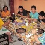 Beim Abendessen mit Fam. Larius…hmm es gab Frijoles