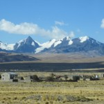 Bergkulisse auf dem Weg nach La Paz