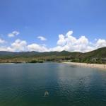 Lijiang – künstlicher Badesee