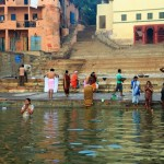 Hindus am Ganges