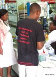 Die Kleiderspenden kommen an – Lusaka Supermarkt