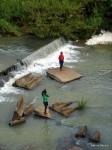 Lilongwe – Spielende Kinder am Fluss