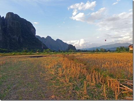 Landschaft um Vang Vieng